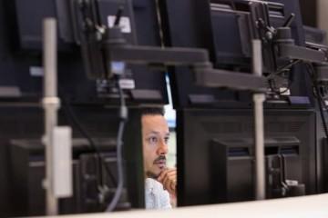 NPD新冠疫情促进电脑显示屏和笔记本销量激增